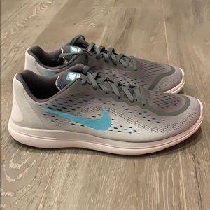 Nike 👟 Women's Size 7Y - Ombre Gray